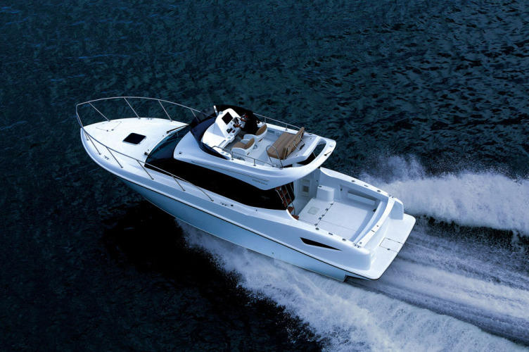 Ponam-31-Sports-Utility-Cruiser-boat-2