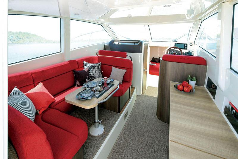 Ponam-31-Sports-Utility-Cruiser-boat-5
