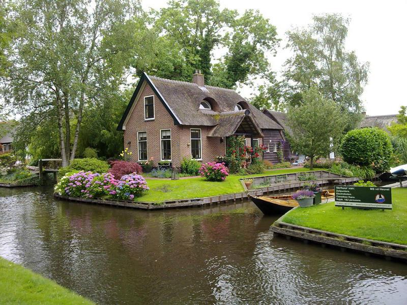Giethoorn-Holland-9