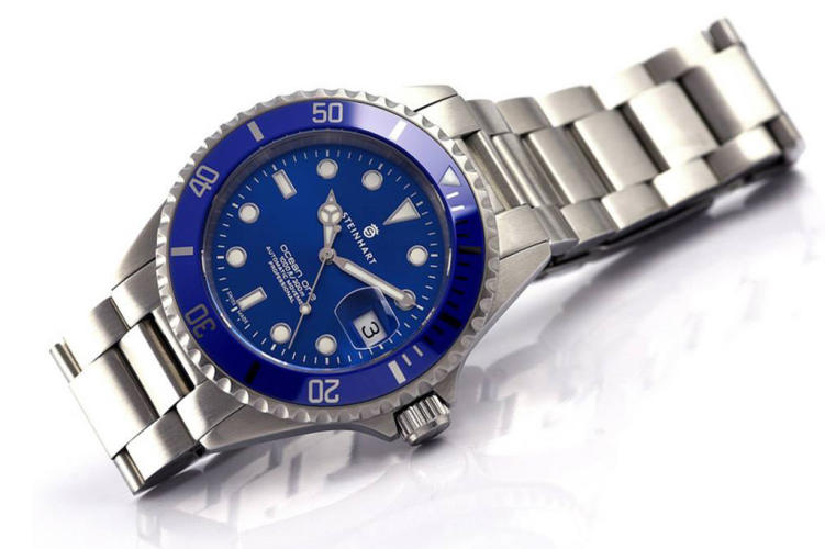 Steinhart-Ocean-One-PREMIUM-Blue-2014-watches-satovi-9