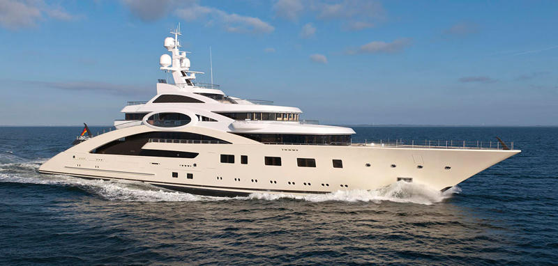 ace-lurssen-running