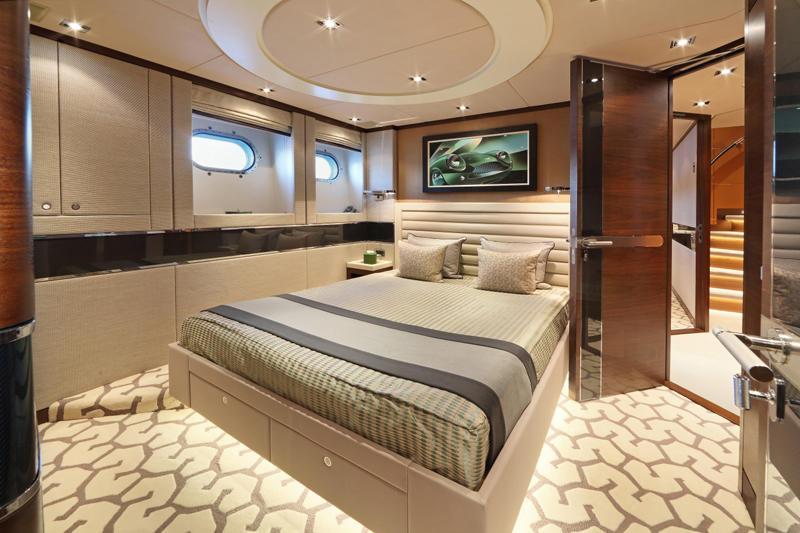 AURELIA-2-Fraser-Yachts-Luxury-Yachts-Yachting-Charter-Yachts-Yacht-Club-Superyachts-Luxury-Magazine-Beverly-Hills-Magazine-