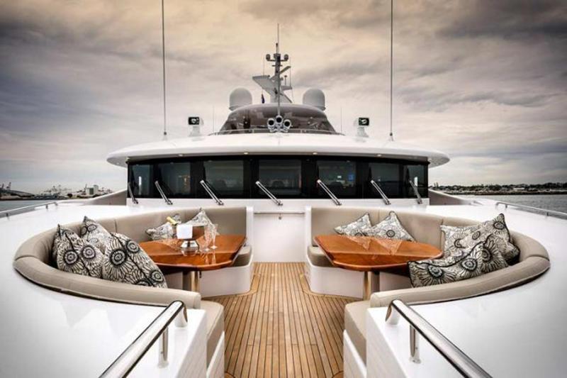 Luxury-yacht-Zenith-Exterior-665x443
