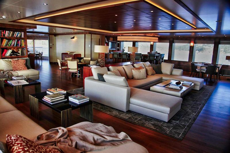 04_Seven-Seas_super_mega_luxury_yacht_charter upper salon
