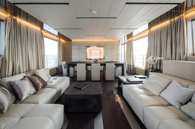 Superyacht-FOAM-Saloon-665x443