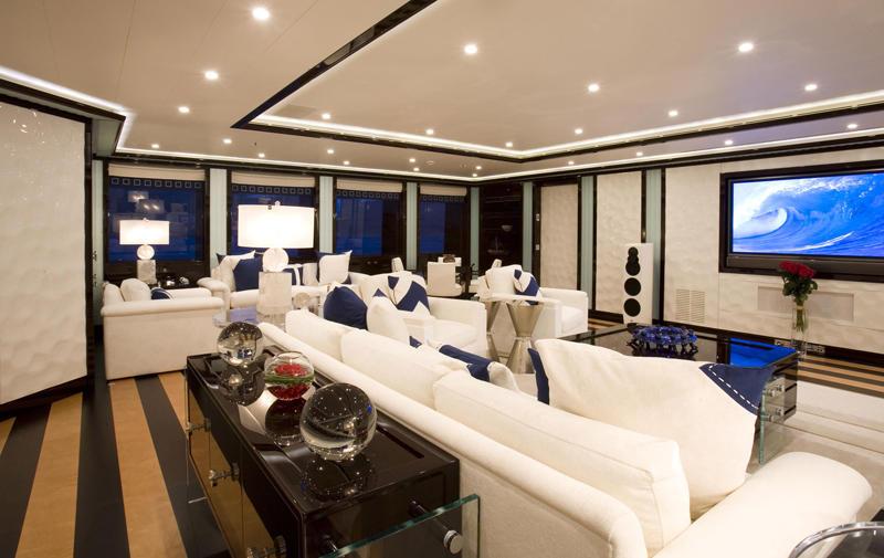 yacht_alfa_nero_interior_05