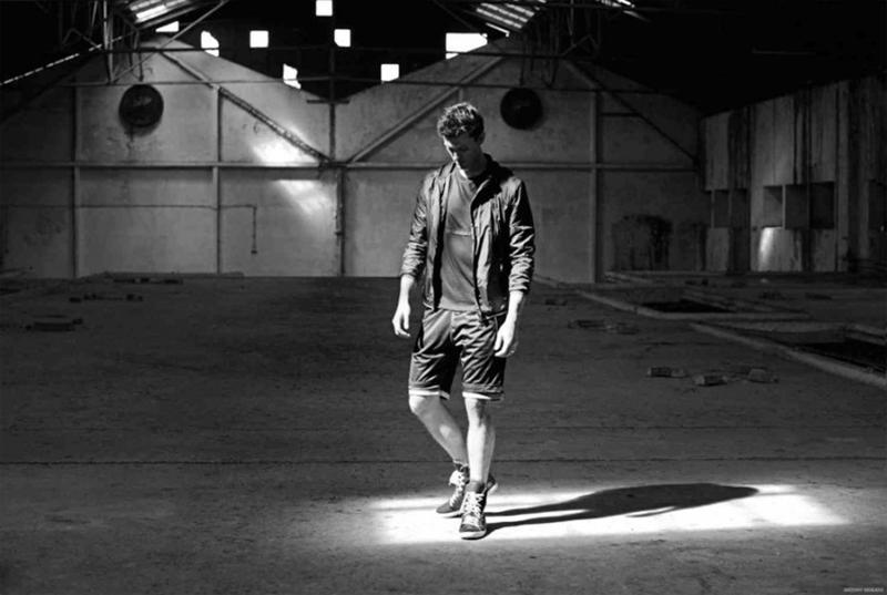 Antony-Morato-Spring-Summer-2015-Campaign-005-800x541