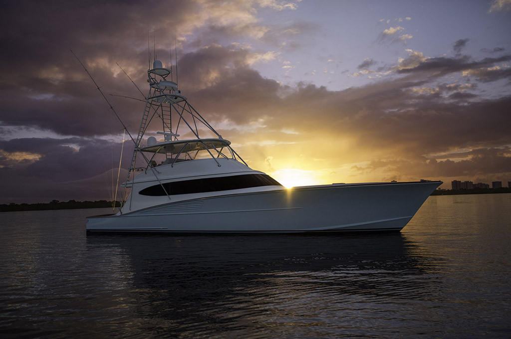 Bayliss-B18-motor-yacht-Clean-Sweep-at-sunrise