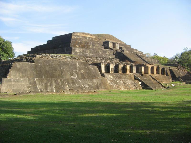Tazumal-Chalchuapa-El-Salvador