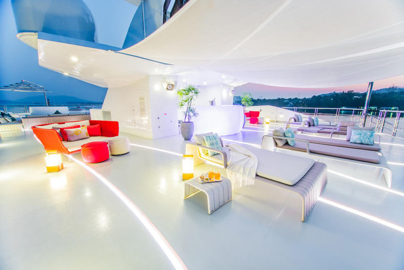 9 Saluzi superyacht -Sun Deck