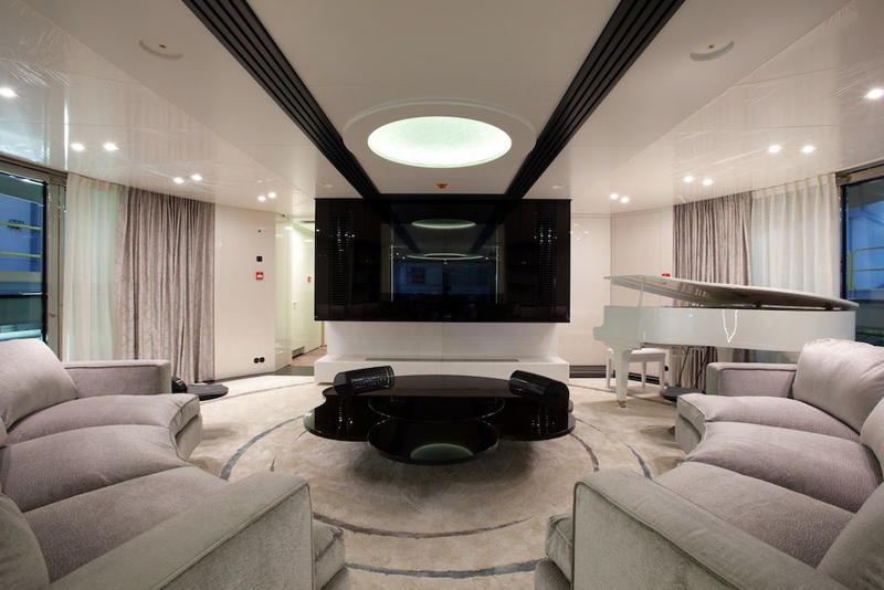 Motor Yacht Quinta Essentia -  Upper Salon 2