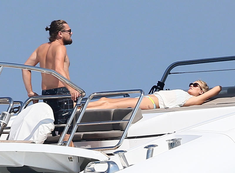 Leonardo DiCaprio & Toni Garrn Enjoy An Afternoon Of Fun & Sun