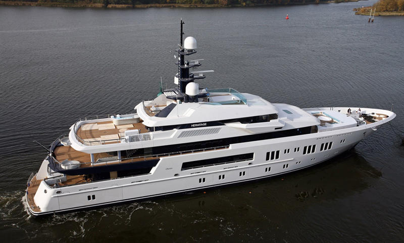 5064-landuumlrssen-superyacht-hermitage-delivered