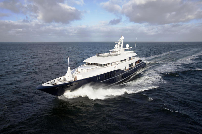 73.5m-motor-yacht-Sapphire-–-A-world-Cruiser-superyacht-by-Nobiskrug-and-NEWCRUISE-Yacht-Projects-Design-3