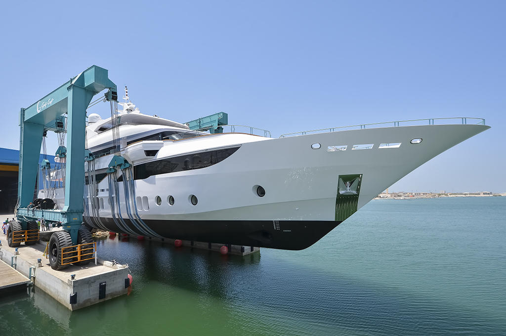 Gulf-Crafts-largest-manufactured-superyacht-Majesty-155-being-launched1