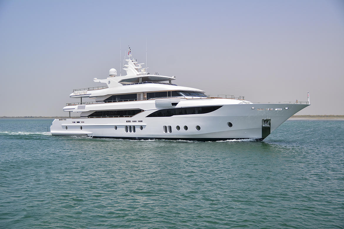 Majesty-155-on-its-First-Sea-Trial