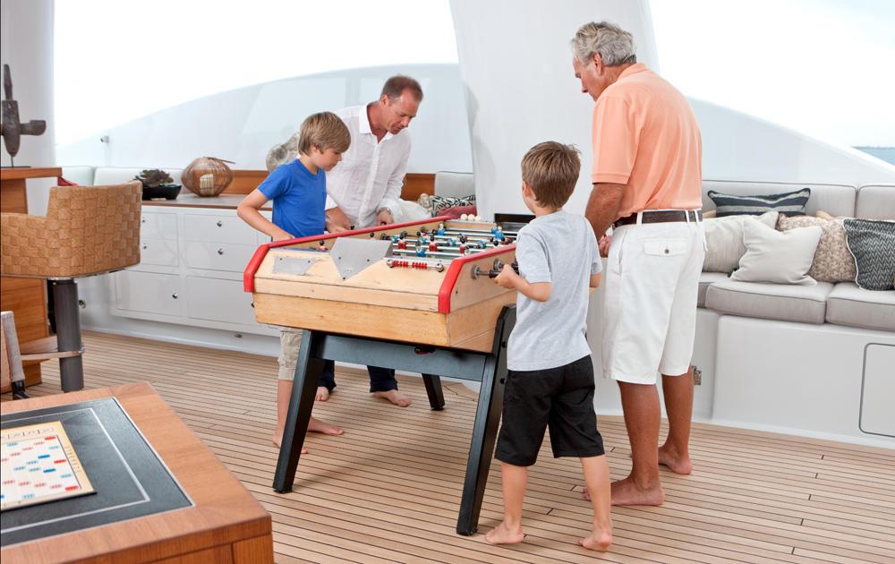 Yacht BELLE AIMEE -  Sundeck foosball