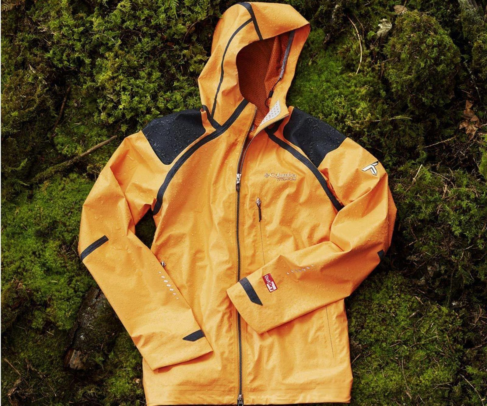 large_Columbia-Sportswear-Raincoat-02