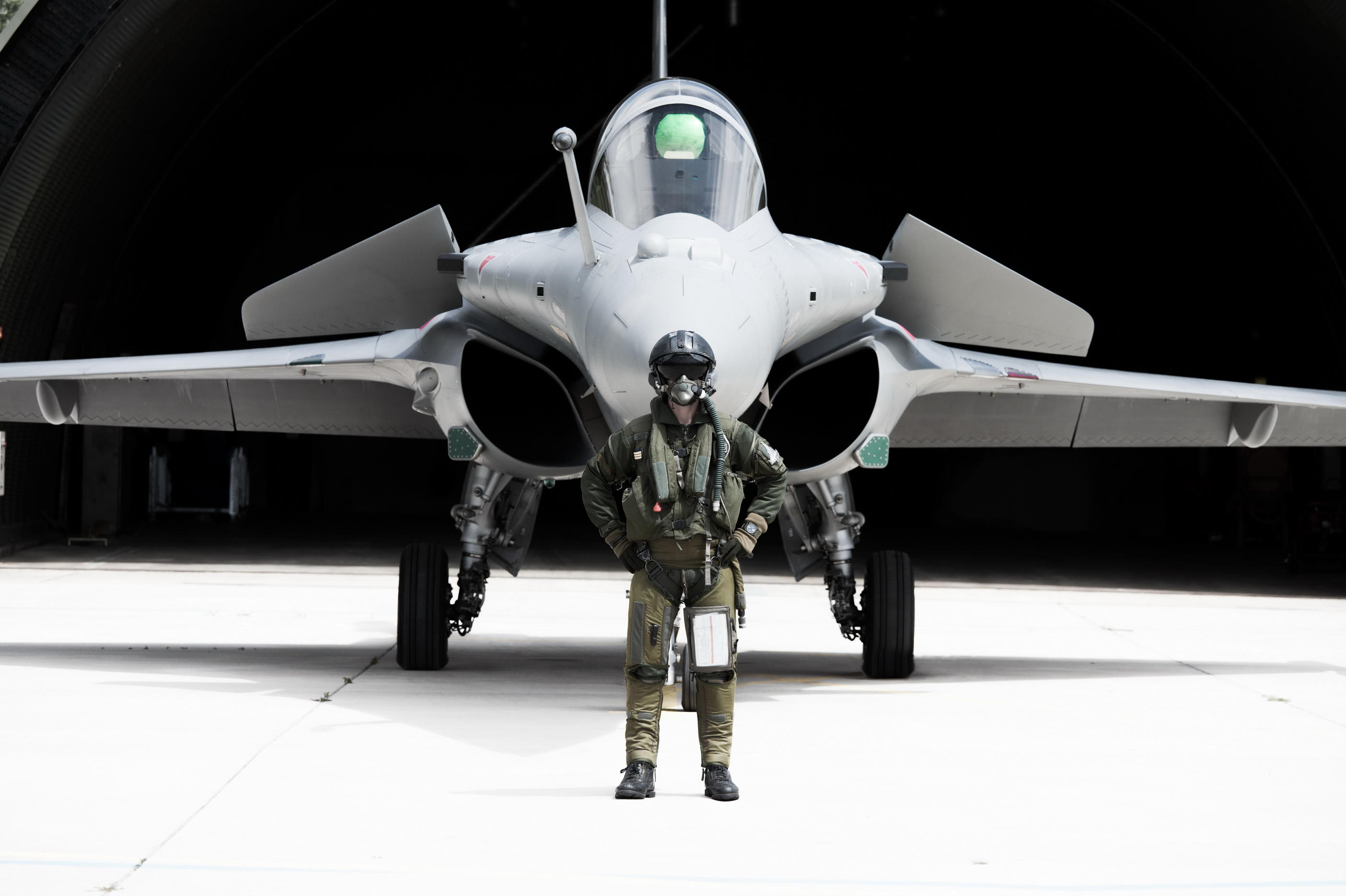 Rafale-pilot-wearing-BR03.tif_новый размер