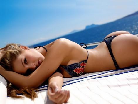girl_yacht