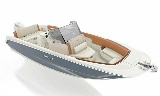 7-italyanskaya-kompaniya-invictus-yacht-anonsiruet-novuyu-model-_-invictus-240fx_2