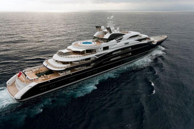 Serene-yacht