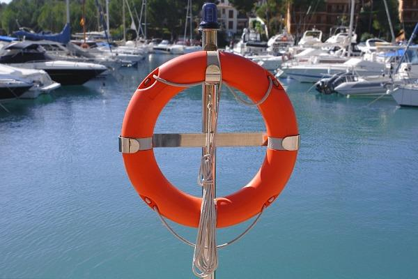 boat_safety_600x400
