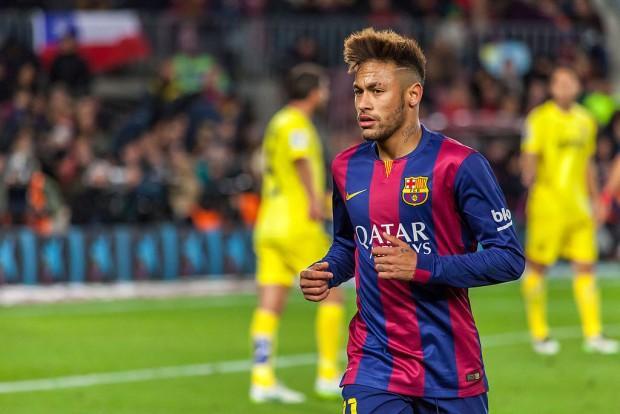 Neymar_(16245492137)