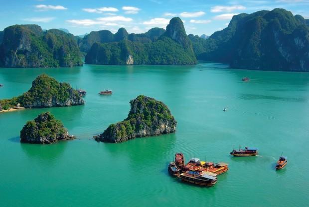 Vietnam-Halong-Bay-Hotels