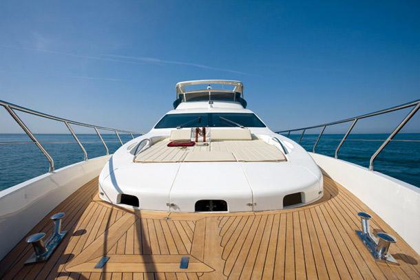 etage-yacht-neymar