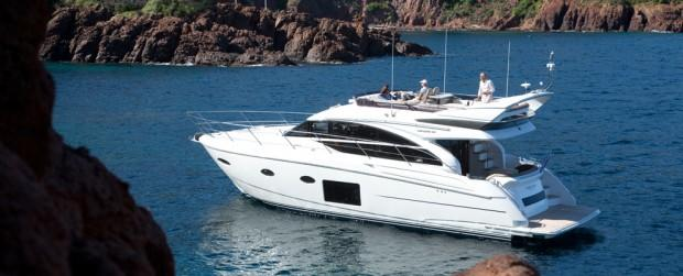 princess-52-flybridge-motor-yacht-for-sale-main01