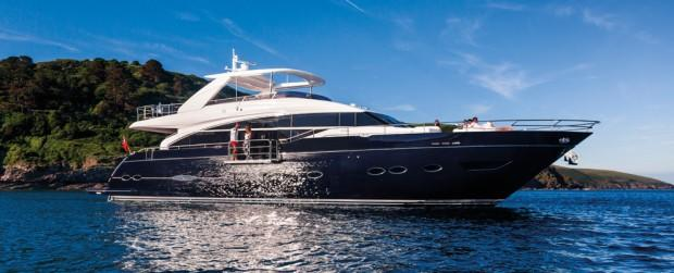 princess-88-flybridge-motor-yacht-main02