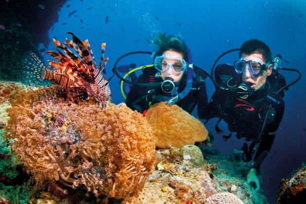 scuba-diving-on-phu-quoc-island-amity-smile-travel_com