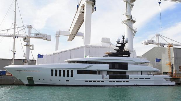main_vRRuCH3RSyGctKqmZ9gc_Admiral-C-Force-50-super-yacht-Ouranos-delivered-1920x1080
