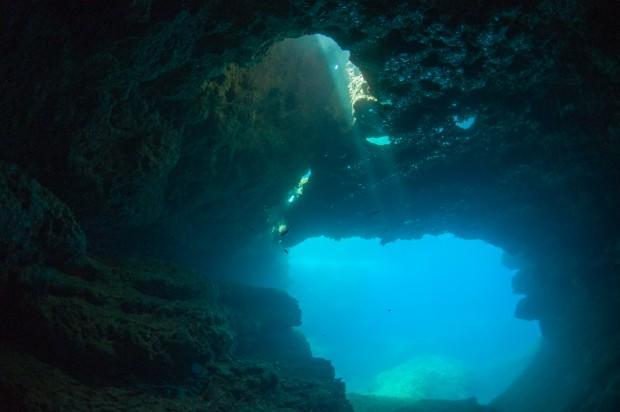Подводные пещеры горного короля. Фото: Павел Дивин