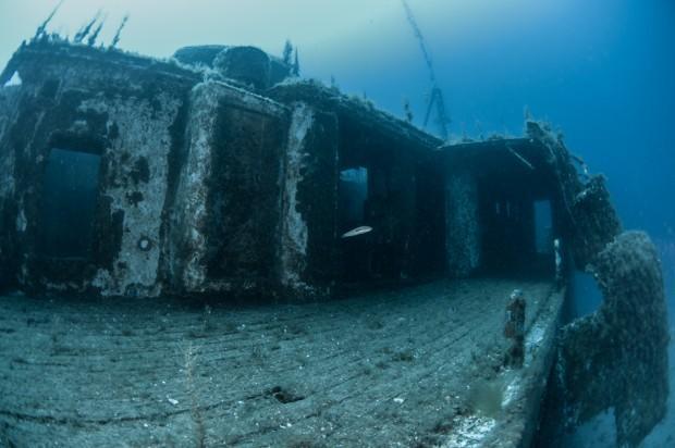 MW Karwella постепенно сливается с морем. Фото: Павел Дивин