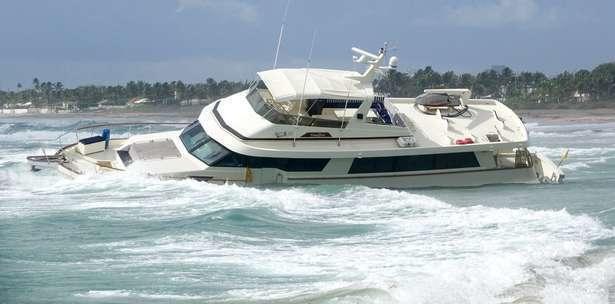 main_090716-yacht3