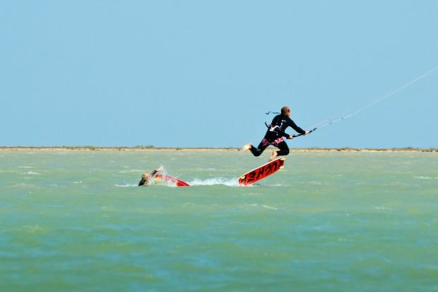 Djerba-kite_surf-Only_flying_takes_you_higher-sky_walker