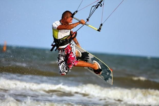 kitesurfing-in-Montenegro