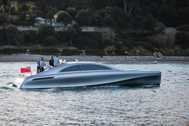 main_mercedes-benz-debuts-a-1-7-million-luxury-yacht-wide