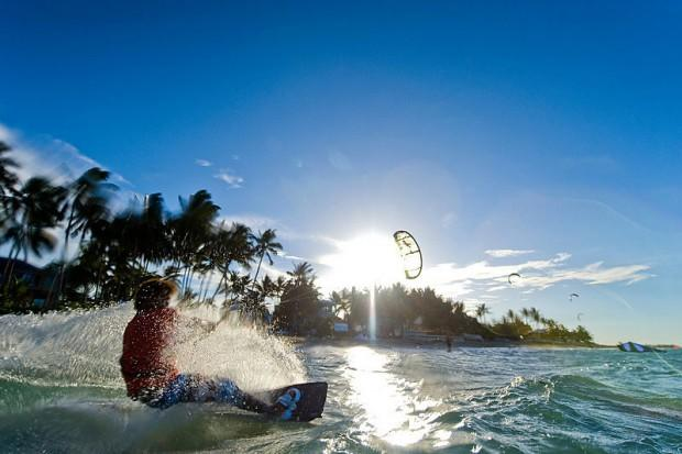 Kiteboarding-at-Cabarete1
