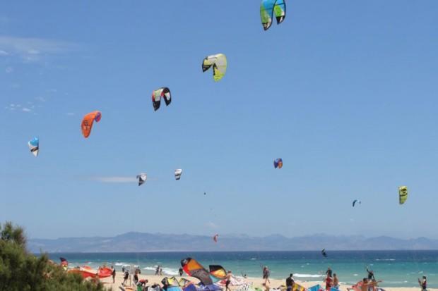 Kitesurfing-Tarifa-750x499