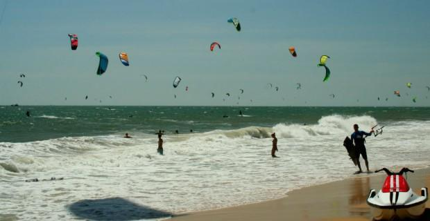 Vietnam-kitesurfing-holiday-in-Mui-Ne-with-Kitesurf-Vietnam-22