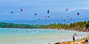 boracay-full-of-kites