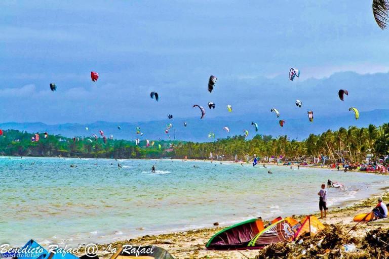 boracay-full-of-kites