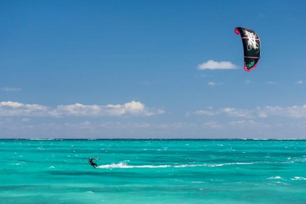 kite-surfing-samui1