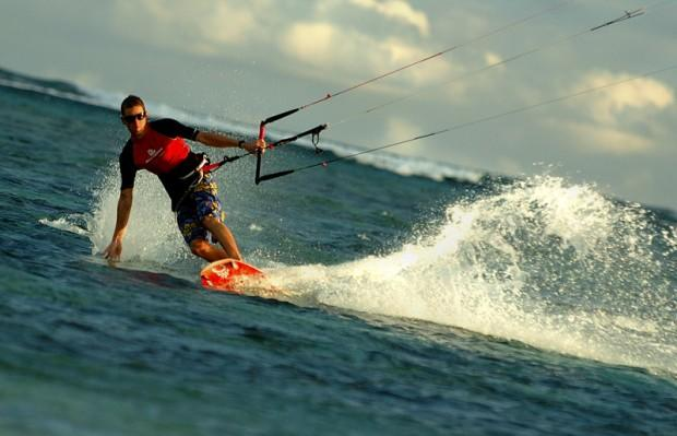 kite_surfer_105