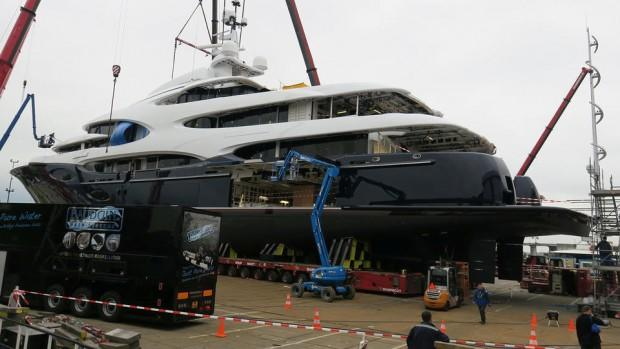 main_i8UxfYHzSXOUbJ2oztoP_Oceanco-super-yacht-y715-side-view-1920x1080