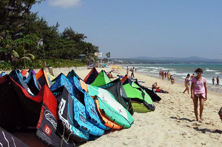 vietnam-kitesurf-beach