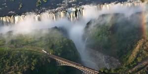 Водопад_Виктория,_Замбия (1)